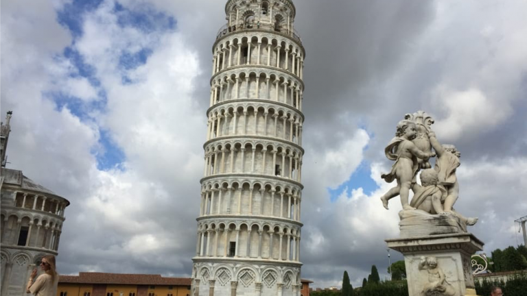 Les  tours célèbres